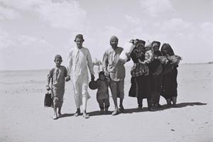 ICEJ_Yemenite_Jews_walking_to_Israel